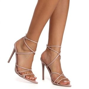 NWB Windsor Looks Can Slay Strappy Heels Nude